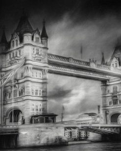 Erik Brede Photography - london tower bw